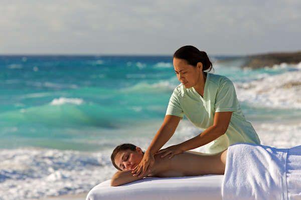 Massaggi in spiaggia: attenti ai rischi